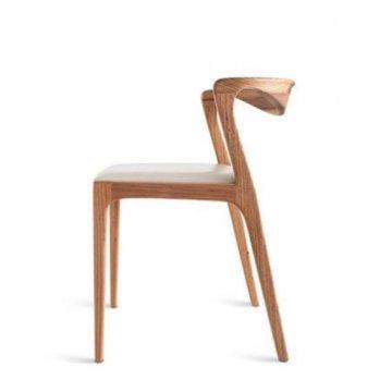 صندلی چوبی نهارخوری رستورانی
